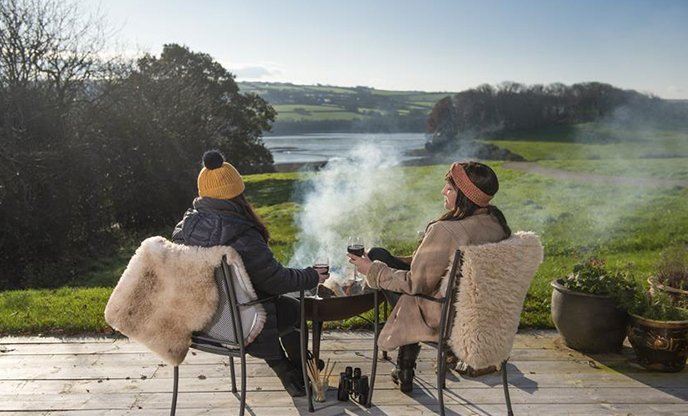 5 reasons to go glamping in Autumn